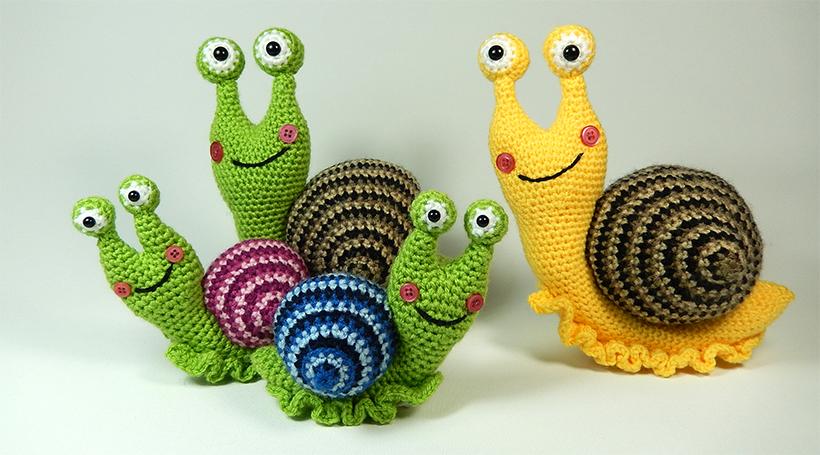Crochet Amigurumi Snail Pattern : Shelley the Snail and her Family Moji-Moji Design