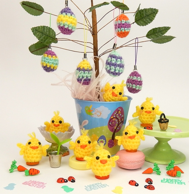 Free Chick and Eggs Pattern, Moji-Moji Design blog