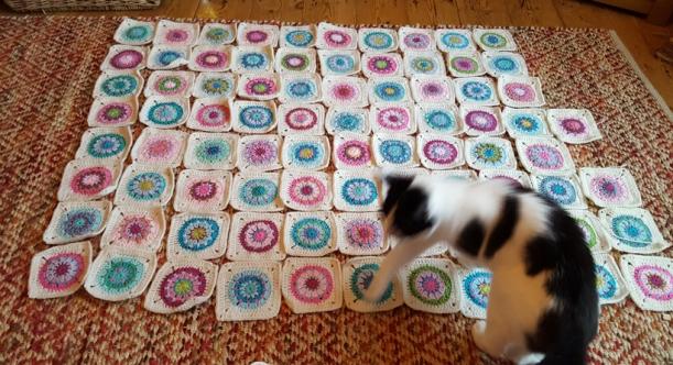 spring-circles-blanket