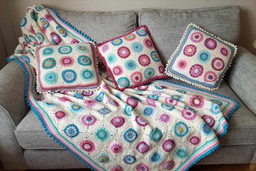 blankets-and-cushions