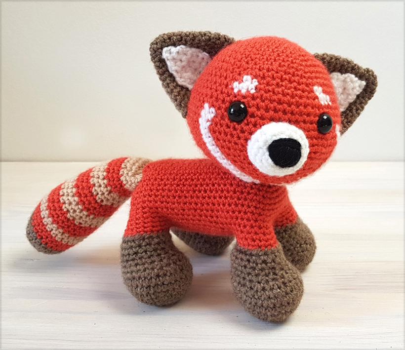 red-panda-zoomi6